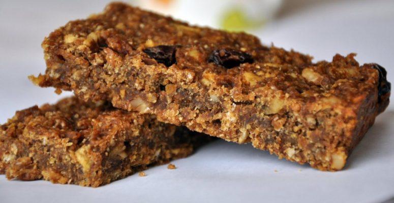 Proteinowe batoniki musli-bez mąki icukru